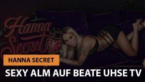 Hanna Secret bei Sexy Alm III auf Beate-Uhse.TV